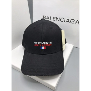Vetements Бейсболка